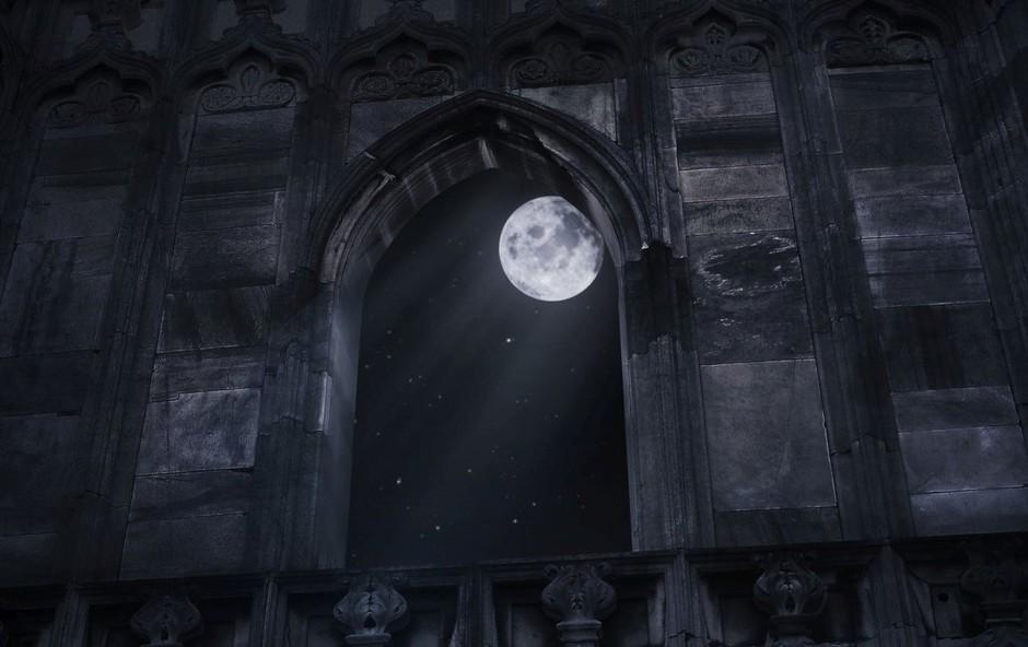 Bodite pazljivi tudi v prometu, pravi astrologinja ob luninem krajcu (foto: Profimedia)