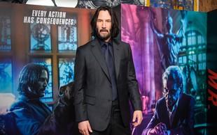 Keanu Reeves presenetil z drastično spremembo, zdaj je videti neverjetno mladostno, poglejte si ga