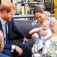 Vesela novica: Princ Harry in Meghan Markle bosta drugič zibala!