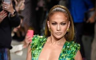 Jennifer Lopez ne popušča niti med prazniki, trenira in kaže svoje izklesane mišice
