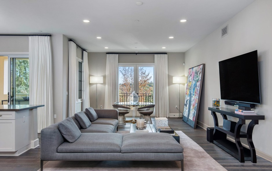 Oglejte si slike luksuznega stanovanja, ki ga prodaja Kris Jenner (foto: Profimedia)