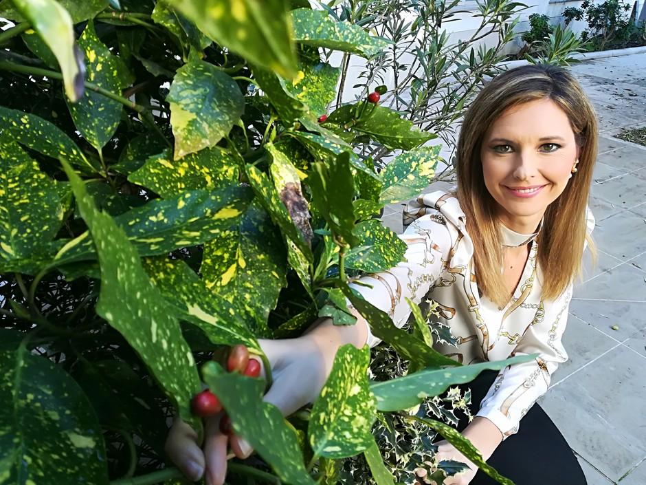 Karin Sabadin uglašena na praznične strune z družino pričakala božič (foto: Osebni album)