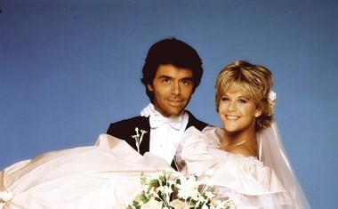 Na začetku kariere je med letoma 1982 in 1984 igrala v telenoveli As the world turns.