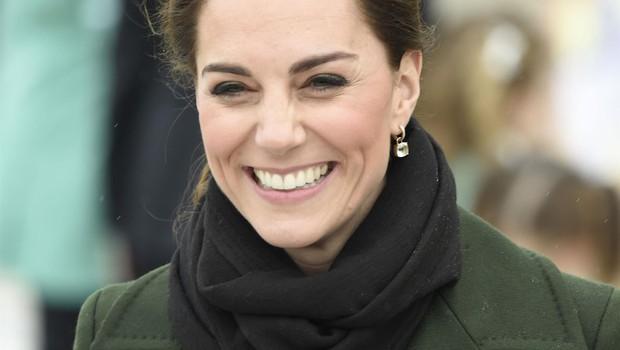 Kate Middleton je porodnim babicam napisala ganljivo pismo (foto: Profimedia)
