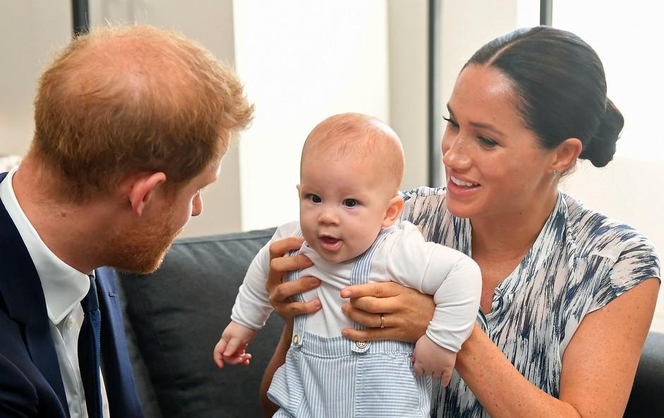 Zdaj je znano, kaj sta princ Harry in Meghan Markle za božič podarila princu Archieju (foto: Profimedia)