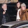 Nekdanji tajni agent 007 Pierce Brosnan s sinovoma na večerjo