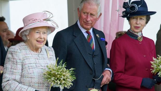Princ Charles je premagal svojo sestro Anno (foto: Profimedia)