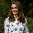 Kate Middleton pokazala nov plašč, ki je v hipu postal modni hit