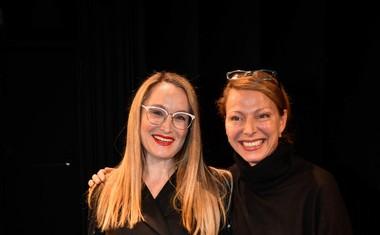Maja Čander in igralka Nataša Matjašec Rošker.