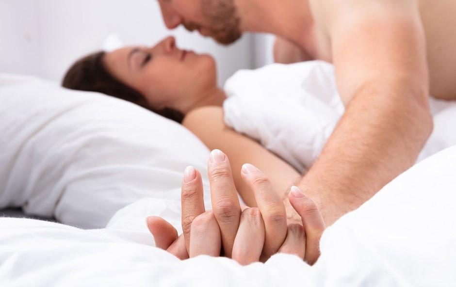 Znana slovenska seksologinja odkriva, da Štajerci, Primorci in Dolenjci bolj eksperimentirajo v postelji (foto: Profimedia)
