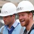 Britanski mediji: Princ William ne želi princu Harry dati roke, kaj šele, da bi ga objel