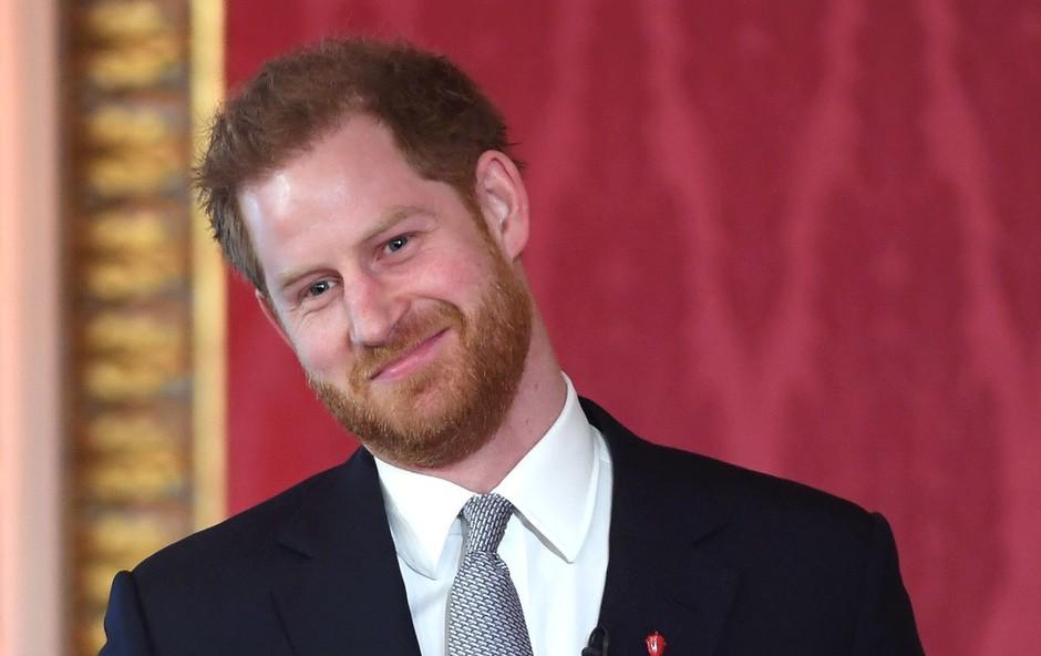 Prijatelji princa Harryja zagovarjajo njegovo odločitev (foto: Profimedia)