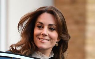Moder plašč Kate Middleton verjetno zmagovalec letošnje zime