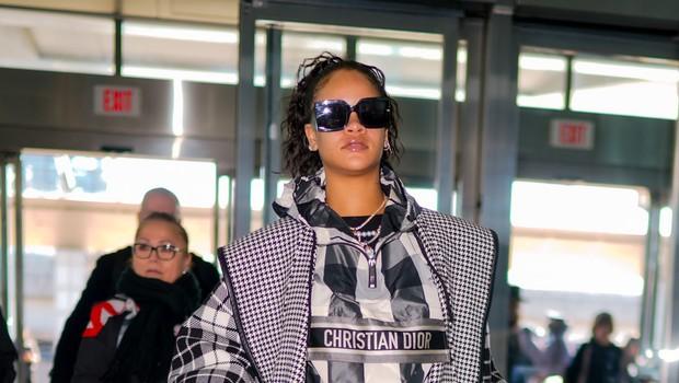 Rihanna naj bi že imela novega potencialnega fanta (foto: Profimedia)