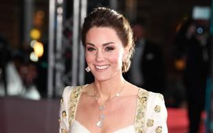 Vojvodinja Kate Middleton presenetila z globokim dekoltejem