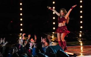 VIDEO: Vroča Shakira navdušila s trebušnim plesom!
