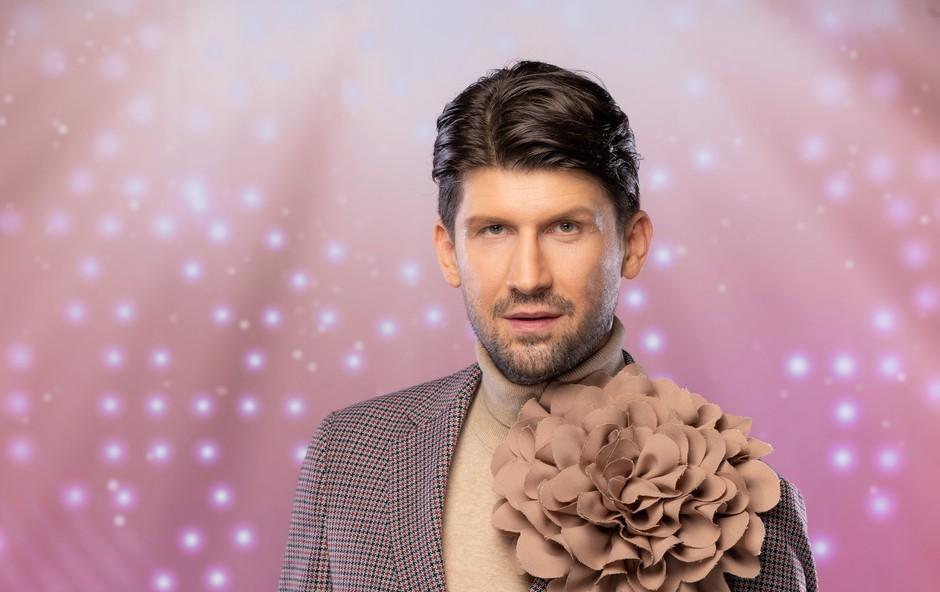 Poglejte si, komu sočne poljube namenja Tomaž Mihelič (foto: Ana Gregorič / POP TV)