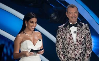 Četrtkov večer je še kako zaznamovala Ronaldova izbranka Georgina Rodriguez (na sliki z voditeljem Amadeusom).