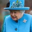 Kraljica Elizabeta si je v znak podpore nadela broško