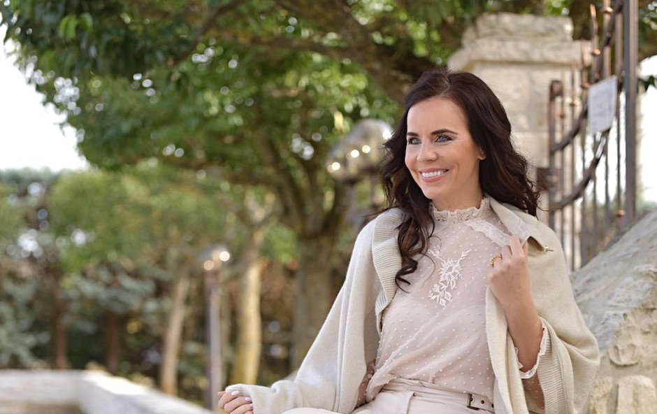 Vau, to pa je izjemno lepo: Lorella Flego pokazala poletne modne kombinacije, ki so pustile brez sape! (foto: Zen)