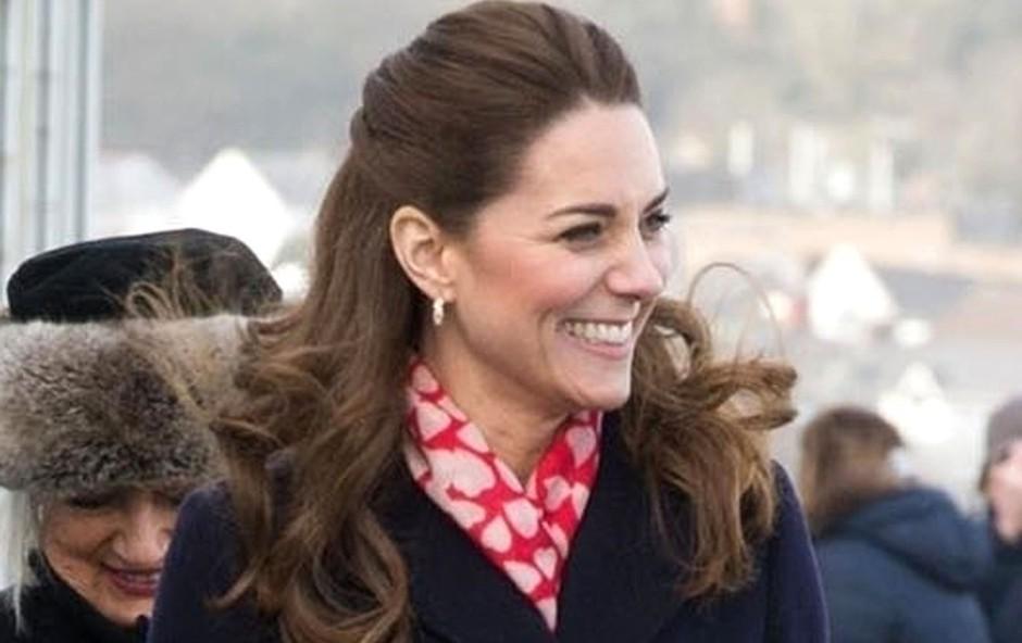 Kate Middleton razkrila, da jo je bilo zelo strah, da ne bo dovolj dobra mama (foto: Profimedia)