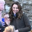 Kate Middleton ja na kraljevi dogodek prišla v 15 let starih škornjih