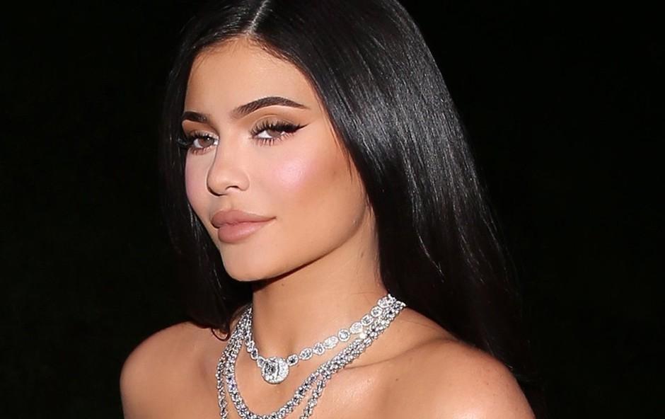 "Kylie Jenner pozvala oboževalce: ""Ostanite doma!"" (foto: Profimedia)"