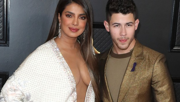 Nick Jonas in Priyanka Chopra sta valentinovo preživela zelo zaljubljeno (foto: Profimedia)