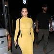 Kim Kardashian je v tej modni kombinaciji močno navdušila modne kritike