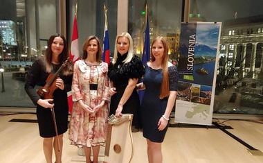 Otawa, National Arts Center; Hermina Matjašič, veleposlanica Melita Gabrič, Tanja Zajc Zupan, Ana Zupan