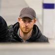 Princ Harry se je vrnil v London in nato na Škotsko odpotoval kar z vlakom