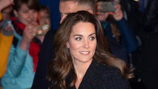 Čeveljci Kate Middleton, ki so v hipu postali modni hit po vsem svetu (foto: Profimedia)