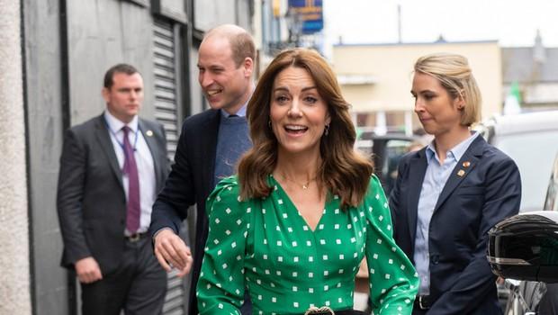 Paparaci Kate Middleton ujeli v knjigarni, poglejte si, kaj je kupila (foto: Profimedia)