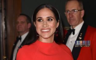 Rdeča obleka Meghan Markle, ki je modni kritiki ne morejo prehvaliti
