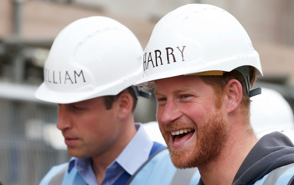 Princ Harry in princ William se danes nikakor ne moreta videti, njun odnos je povsem hladen (foto: Profimedia)