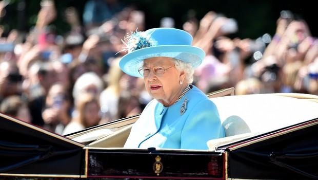 Uau, luksuzen avto kraljice Elizabete je na prodaj. Cena? Vrtoglava! (foto: Profimedia)