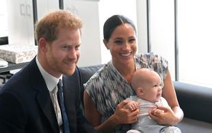 Zdaj je na dan prišlo, zakaj princ Harry in Meghan Markle v London nista pripeljala princa Archieja