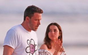 Ben Affleck se ne pusti motiti: Z novo ljubeznijo je užival na Kostariki!