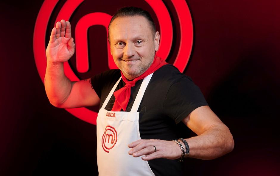 MasterfChef tekmovalec Sandi Komlanc najraje kuha morske jedi (foto: Tomo Jeseničnik / POP TV)