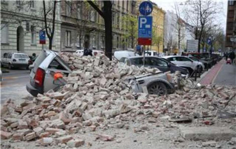 Potres blizu Zagreba, ki smo ga čutili tudi v Sloveniji (foto: STA/Hina)
