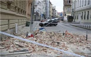 Zagreb: Po potresu 15-letnica v kritičnem stanju, več poškodovanih