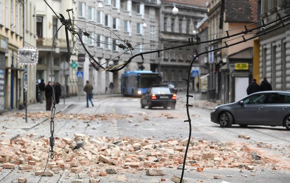 Umrla je 15-letnica, ki je bila hudo poškodovana v potresu v Zagrebu (foto: Profimedia)