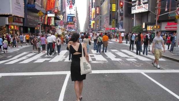 Seks v času koronavirusa: Newyorško ministrstvo za zdravje priporoča samozadovoljevanje (foto: STA/Robi Poredoš)