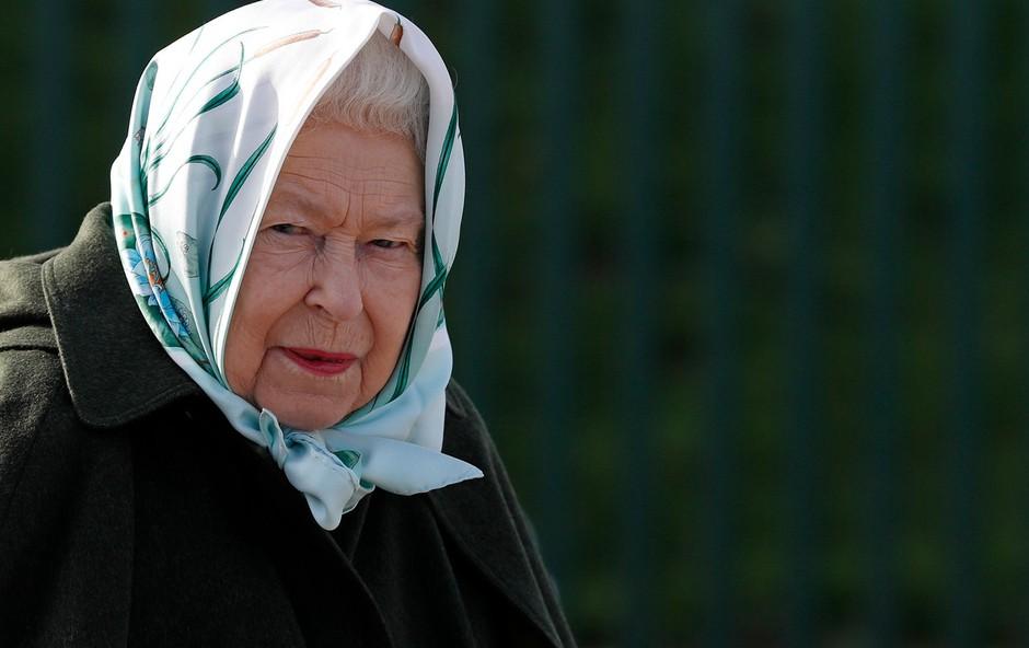Kraljica Elizabeta ostaja na varnem (foto: Profimedia)
