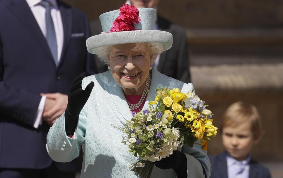 Govorice o kraljici Elizabeti vzemirile javnost (foto: Proimedia)