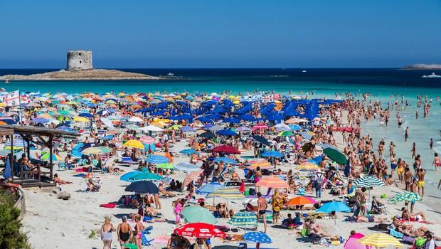 Domiselni Italijani s predlogi za reševanje počitnic na morju (foto: Profimedia)