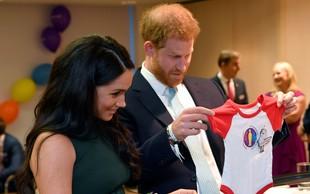 Princ Harry ni želel, da bi njegov sin odraščal v središču pozornosti