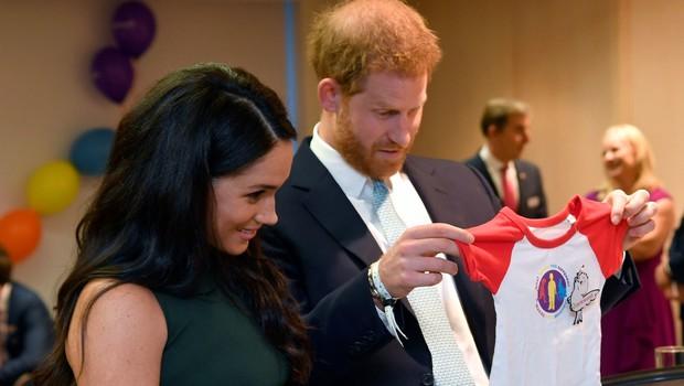 Princ Harry ni želel, da bi njegov sin odraščal v središču pozornosti (foto: Profimedia)