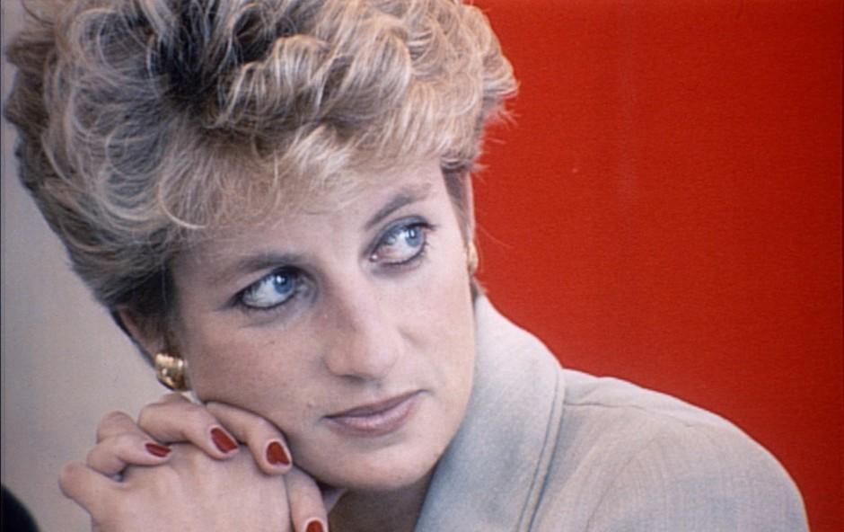 Zdaj je znano, kako se je na dan poroke počutila princesa Diana, ni ji bilo lahko (foto: Profimedia)