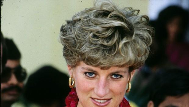 Princesa Diana je veljala za upornico, prekršila je tudi to strogo pravilo glede rojevanja in utrla pot vojvodinjama Kate in Meghan (foto: Profimedia)
